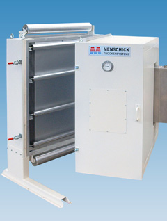 Vertical dryer for preconditioning of paper board